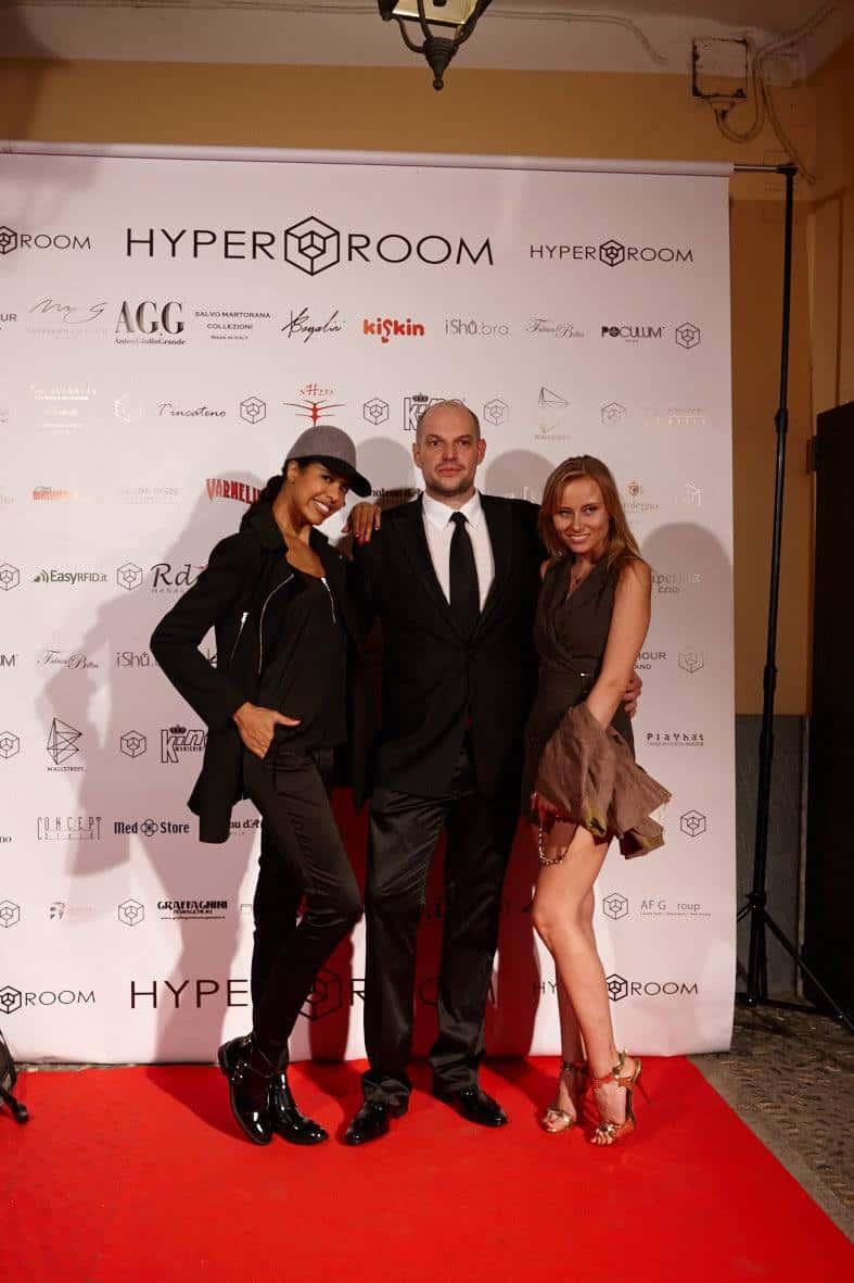 Opening Party Hyper Room v2 22