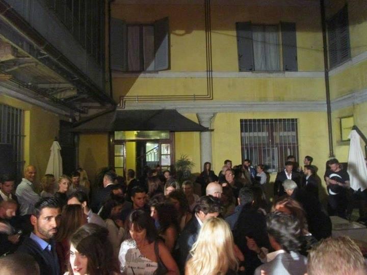 Opening Party Hyper Room v2 64