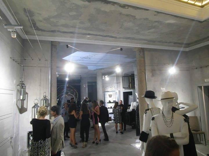 Opening Party Hyper Room v2 65